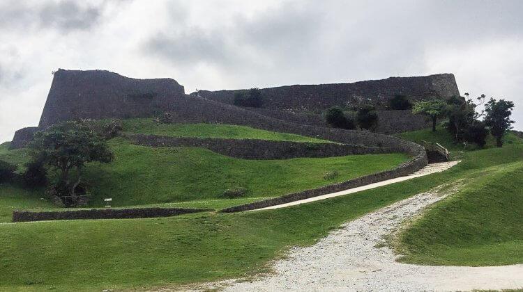【沖繩景點】反叛軍要塞「勝連城跡」之肝高的阿麻和利