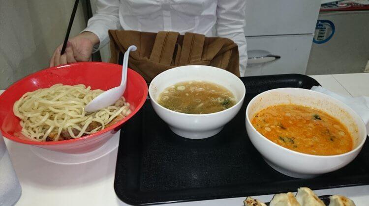 【沖繩美食】那霸58號線上的拉麵店「赤丸(赤まる)」