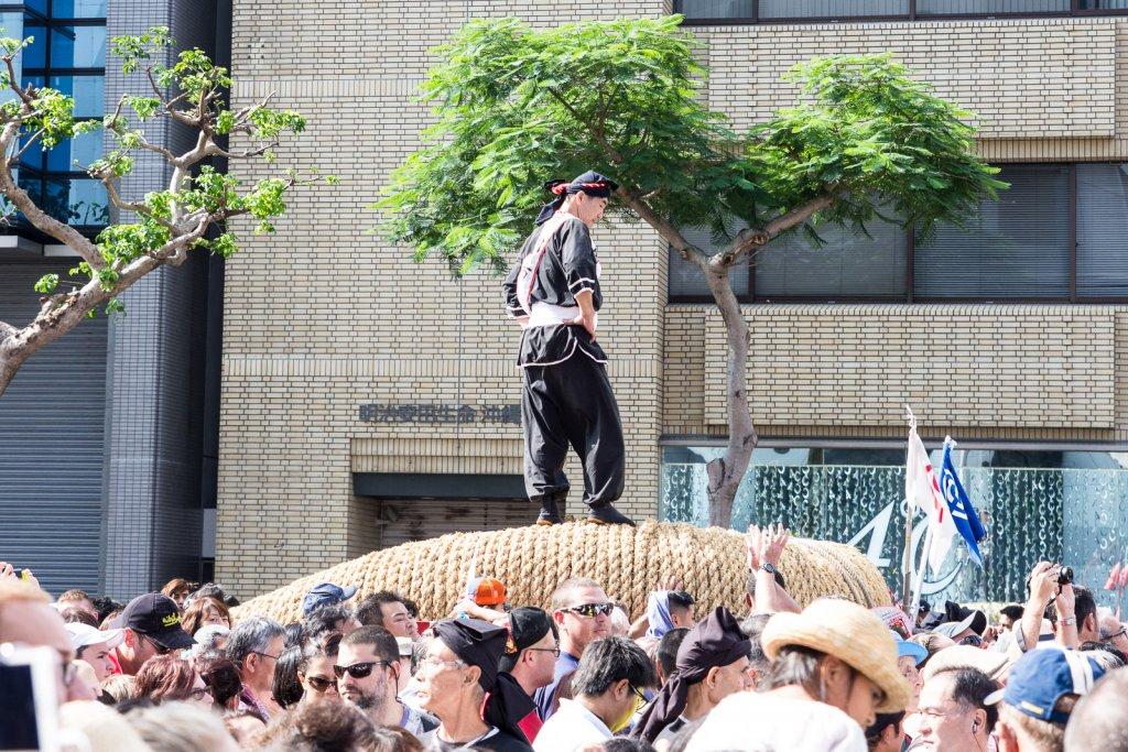 世界最大的拔河祭典就在10月的沖繩舉行