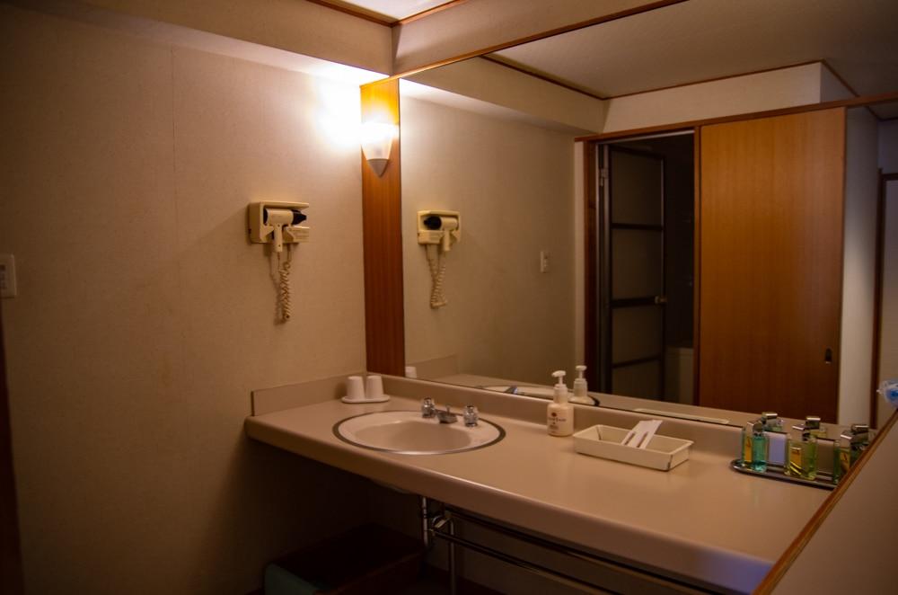 潮來飯店浴室