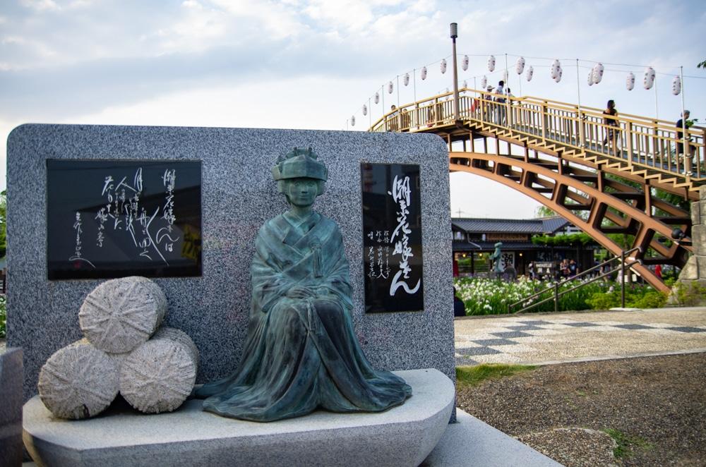 潮來菖蒲花祭雕像