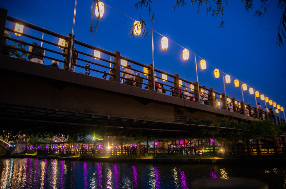 水鄉潮來菖蒲花祭夜間點燈