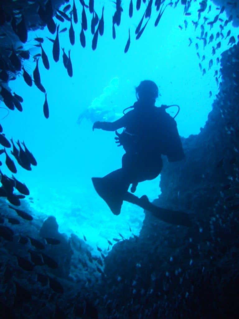 沖繩青洞深潛相當漂亮
