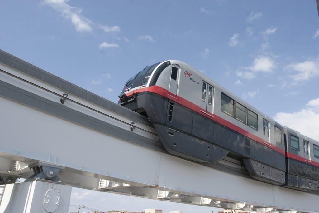 沖繩單軌列車