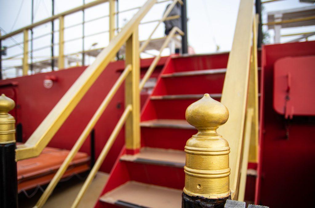 東京遊覽船安宅丸甲板裝飾