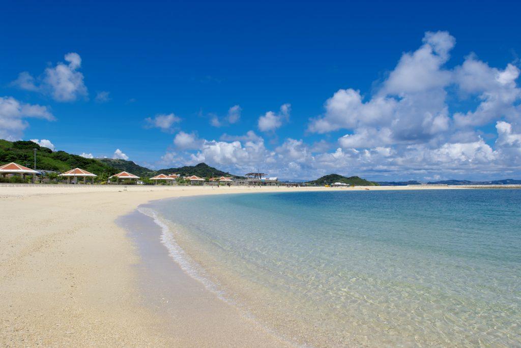 安座真SunSun海灘