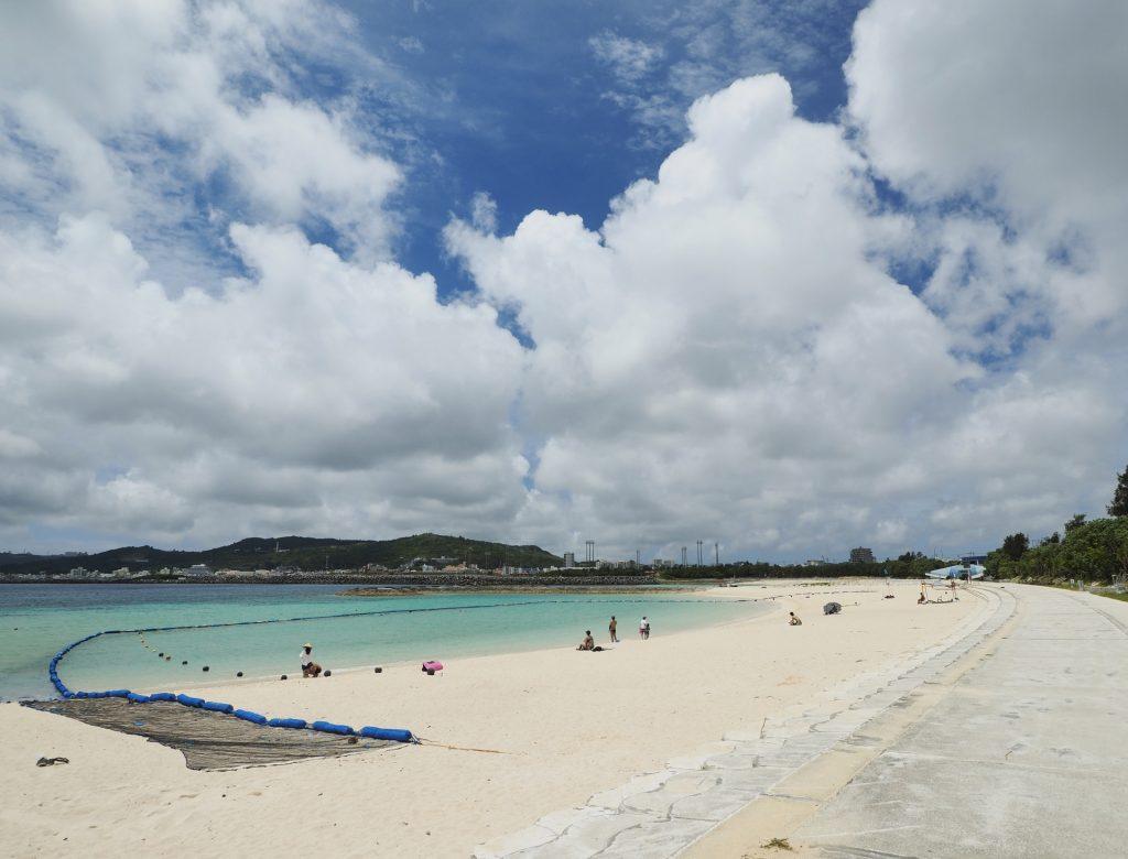 西原閃亮海灘